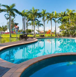Oaks Sunshine Coast Oasis Resort Award-Winning Sunshine Coast Family Resort with Waterpark & Daily Breakfast 3, 5 or 7 Nights From $399 /room Valued up to $573